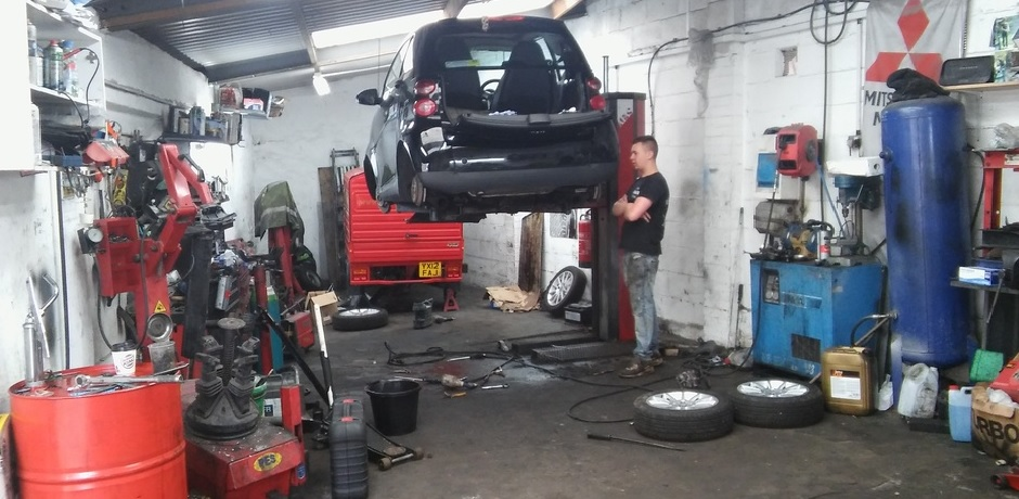 The English Mobile Mechanic Of Bristol